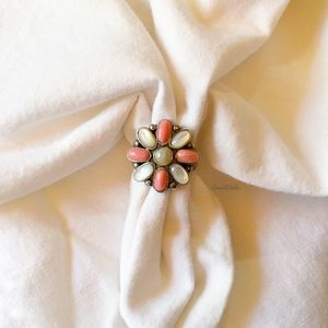 Vintage Sterling 925, Mother of Pearl & Coral Ring